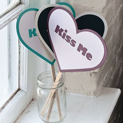 KISS ME Photo Prop