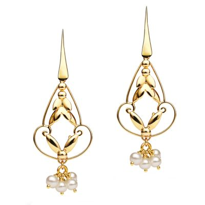 Romance Earrings - Gold with Pearl