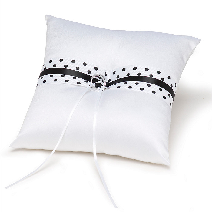 The Knot Polka-dot Collection Ring Pillow – Black and White